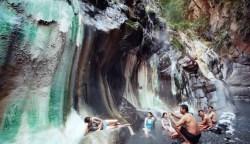台東▪栗松溫泉⟫90度垂降 翡翠色氤氳樂園