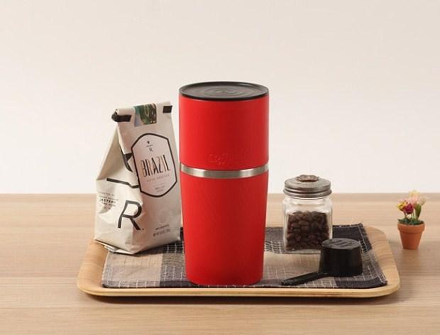 辦公室新寵:行動手沖咖啡杯