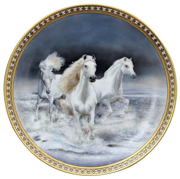 手繪的溫度:匈牙利國寶級藝術瓷器