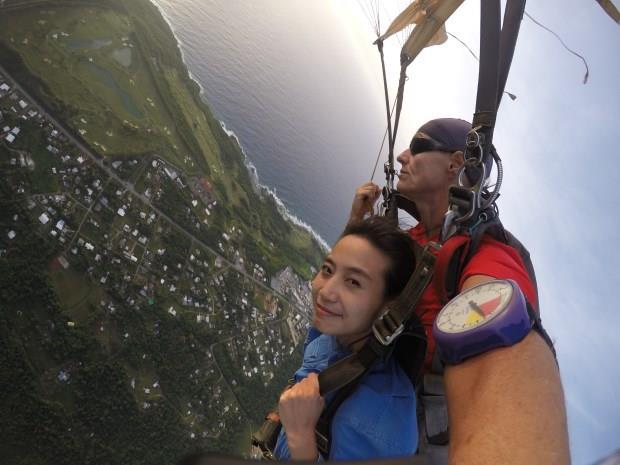 關島高空跳傘 4200公尺高的勇氣