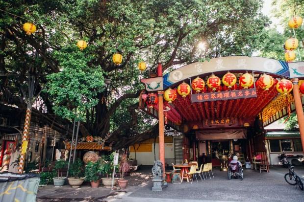 走訪台中三里  美食、塗鴉、千年老樹藝文社區