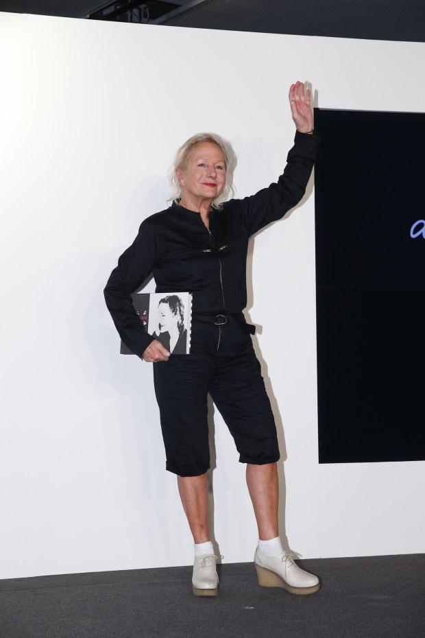 創造時代風格的服裝造型師Agnès