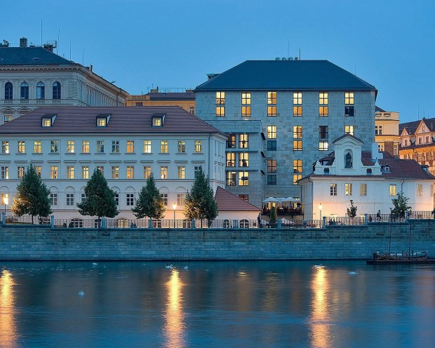 冬遊捷克奧地利,頂級旅遊怎麼玩?