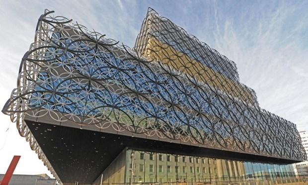 歐洲最大公共文化空間 英國伯明翰圖書館