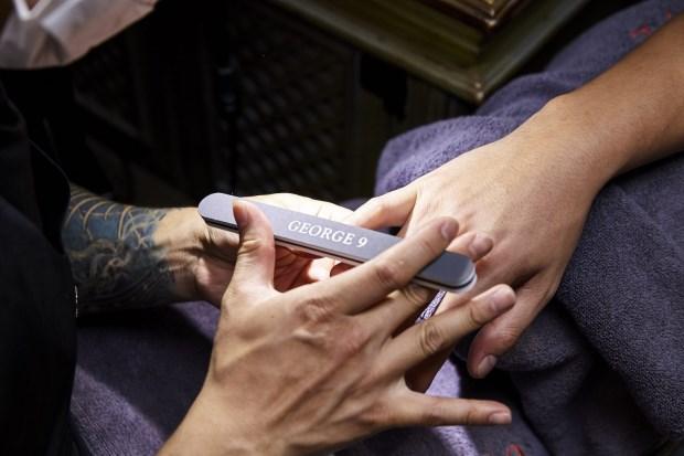 男性指甲保養四大惡習