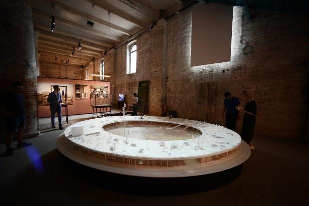 在歷史水都看見未來建築