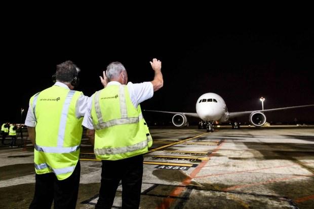 紐西蘭直飛首航 記者試乘報告