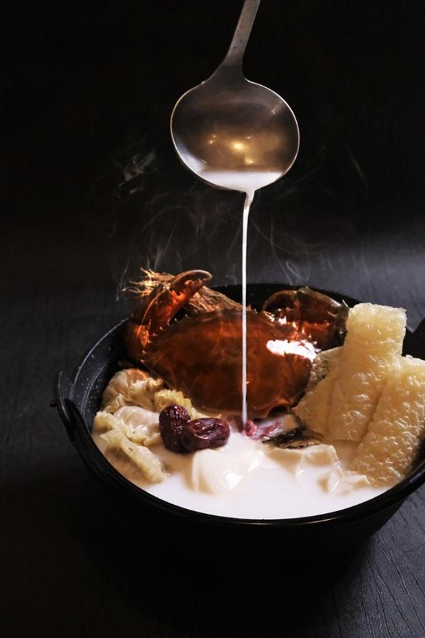 六福推宮廷秘藏鍋物  藥膳老火煲羊腩、橫衝直撞豆花蟹
